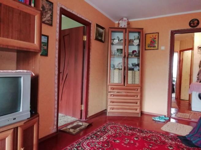 2 комнаты в 3х комнатной кв. на ул. Менжинского